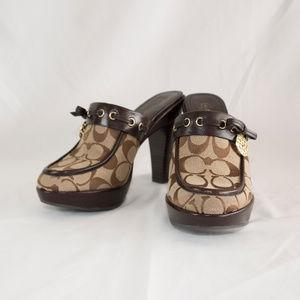 Classic Signature Coach heel clogs